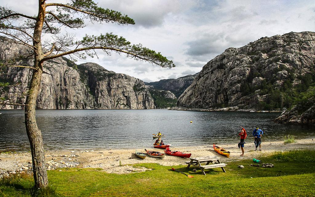 Морский каякінг в Норвегії. Люсе-фьорд