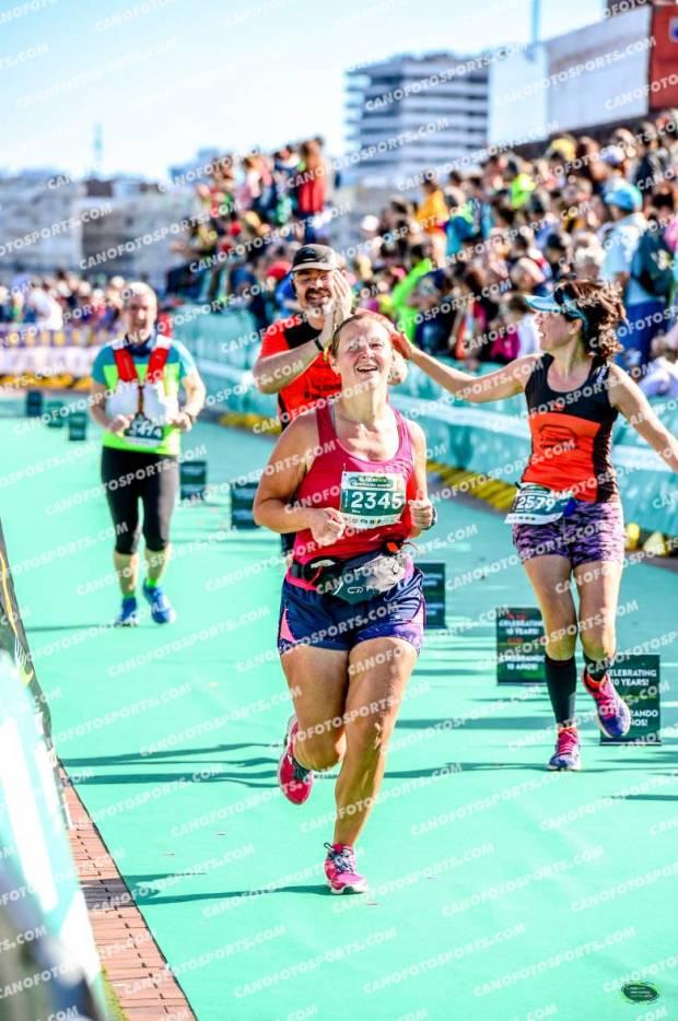 Финишная прямая на Гран-Канария марафоне 2019