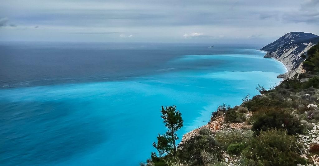 Активний тур по Греції. Море біля острову Лефкас