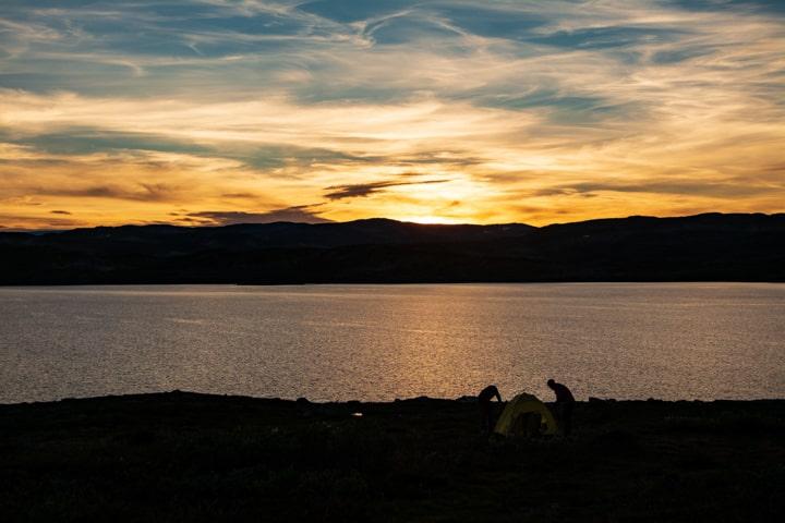 Озеро в тундрі. Веломандрівка до Норегії