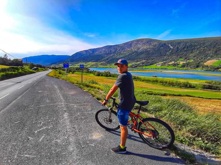 Сергей Сабадаш на вело в Норвегии